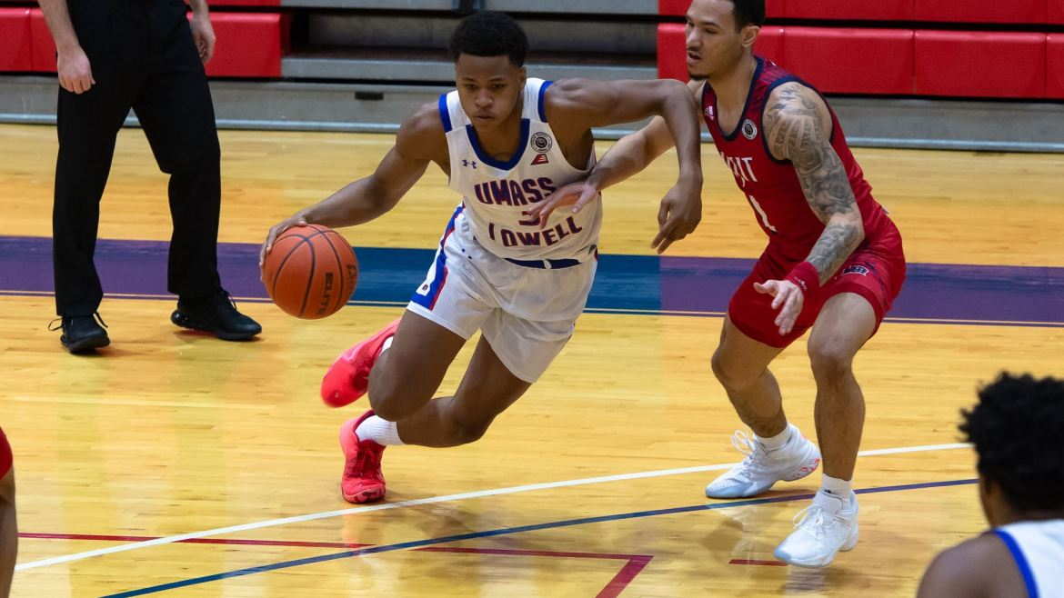 UMass Lowell drops their fourth straight, 73-67 to NJIT