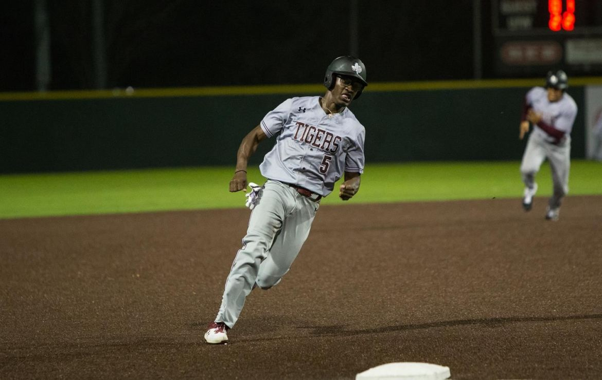 TSU Tigers Wrap Up Series At Incarnate Word With 13-5 Loss
