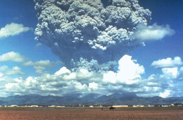 วงแหวานแห่งไฟ, การเกิดภูเขาไฟ. ภูเขาไฟระเบิด, ภูเขาไฟ