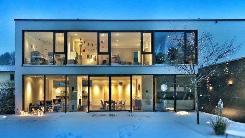 Simulasi Kredit Pemilikan Rumah dengan Aplikasi