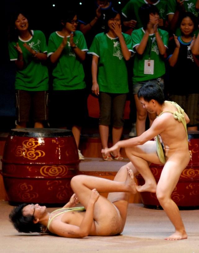 Vở kịch do các học sinh FPT Arena trình diễn.