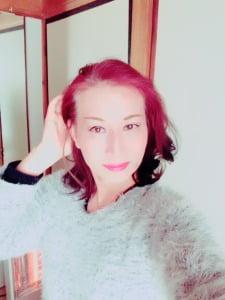 熟女ニューハーフヘルス嬢・レディー舞