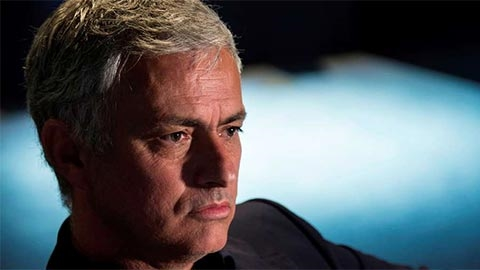 mourinho-an-toi-cung-sep-lon-ghe-nong-arsenal-sap-doi-chu-1