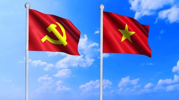 Bình luận xúc phạm, phản động của  Phạm Văn đối với lá cờ Tổ quốc và Đảng ta