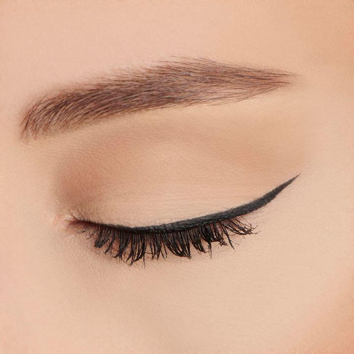Cần tìm loại kẻ mắt dễ vẽ - mau khô - không dễ lem và mực ra đều?
