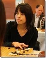 2009-11-05_news_asianwomen3_01s