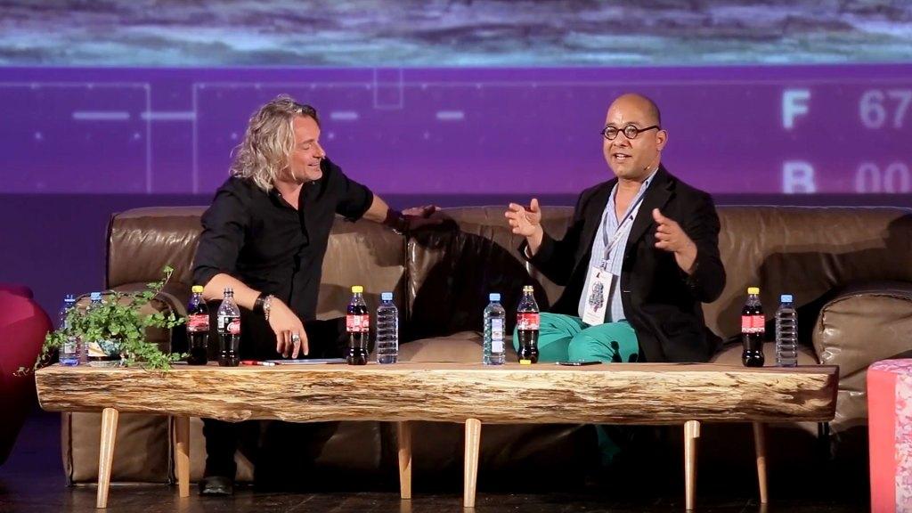 Newton Howard talks at Techslycania
