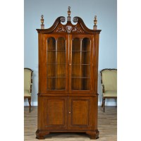 Carved Corner Cabinet, Niagara Furniture, mahogany dining room