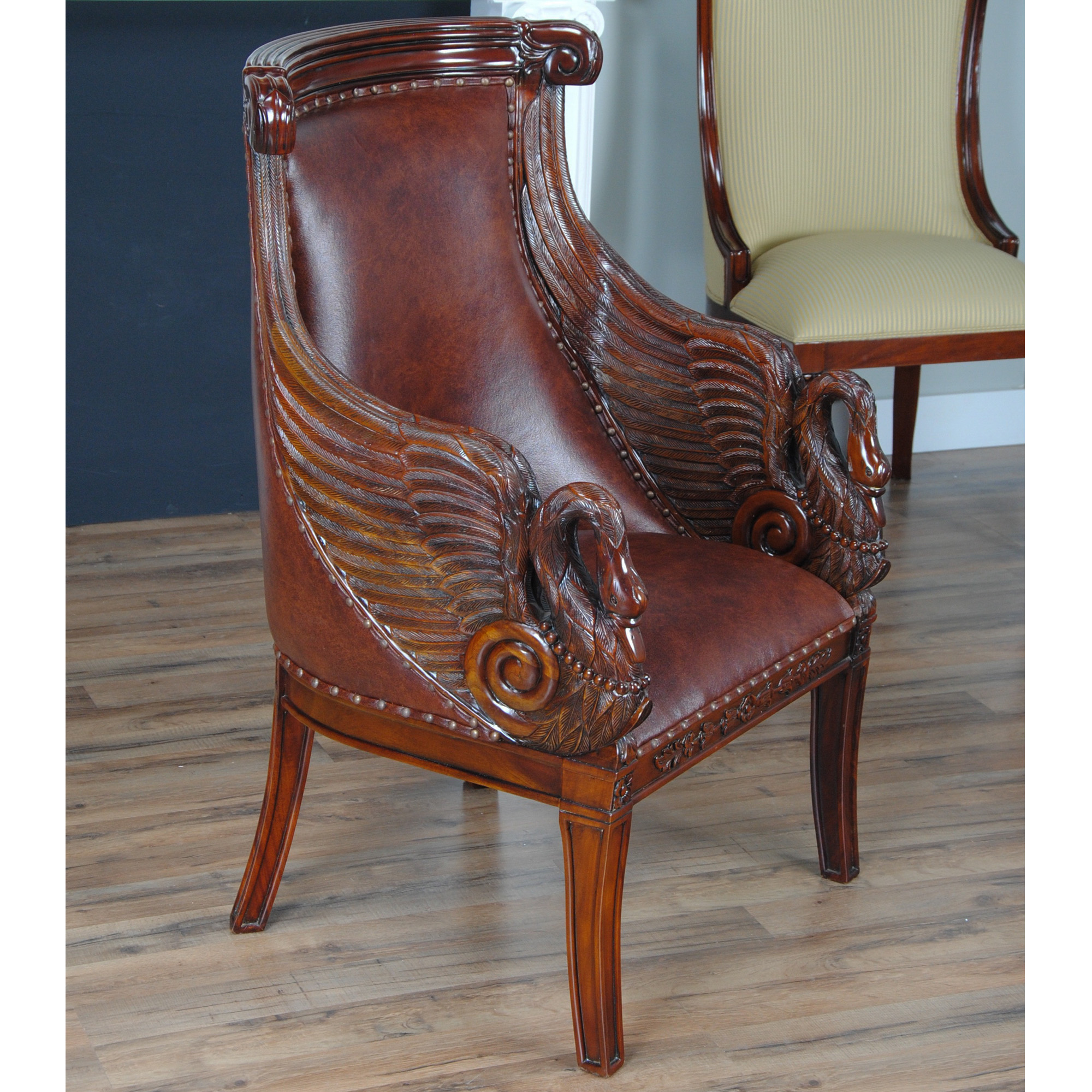 Swan Chair Leather Swan Arm Chair :: Nlr057l