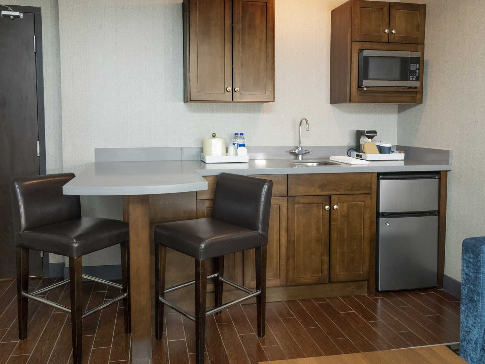 Niagara Riverside Resort - Kitchenette