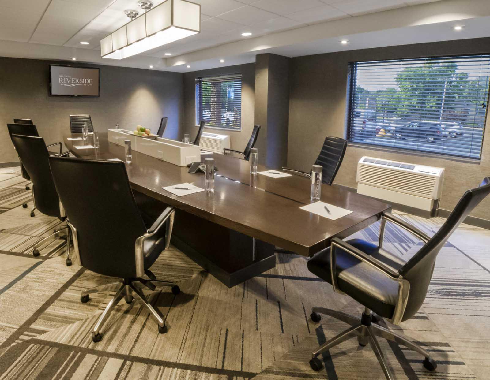 Niagara Riverside Resort - Board Room