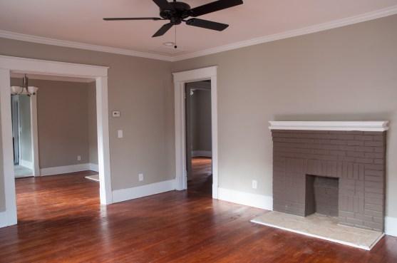 6-living-room-dsc_4882