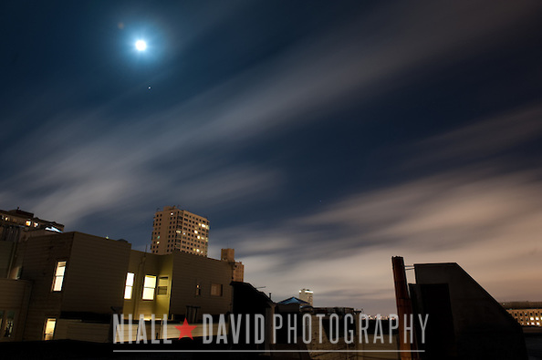 Autumnal Equinox Moon Stars Sky Clouds Fog San Francisco City Urban Nob Hill Niall-David-Photography-8403