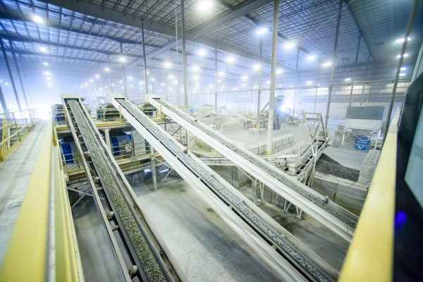 Commercial-Industrial-Facility-Business-Marketing-Glass-Recycling-Plastic-Recycler-Niall-David-Photography-0642