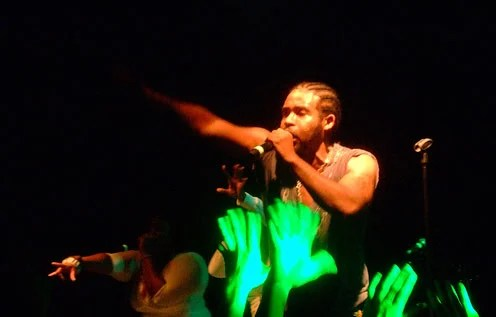 , Pharoahe Monch live in Tripod, plays U2