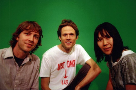 , Free and Legal: Deerhoof live / rarities album