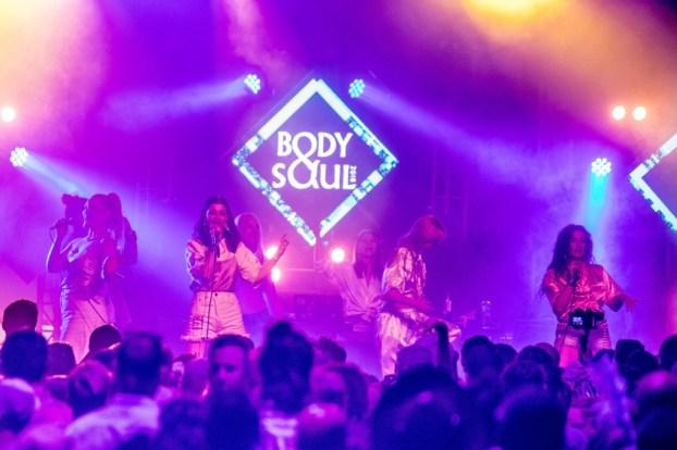 REYKJAVÍKURDÆTUR performs at Body&Soul. Photo: Allen Kiely Photography