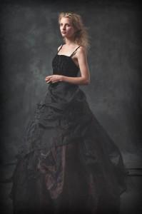 Fredau in Black