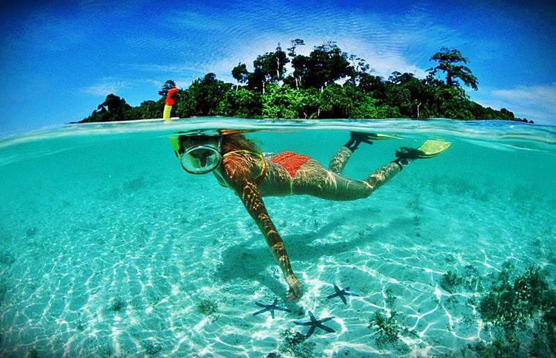 SNORKELLING AT TURE LOTO BEACH, NIAS ISLAND (INDONESIA)