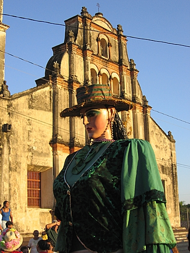 A Giganton, measuring almost 9 feet tall, dances in the streets of León