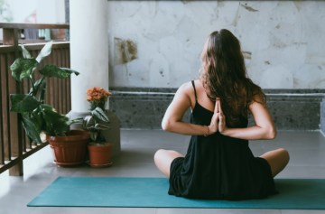 soepele rug door yoga