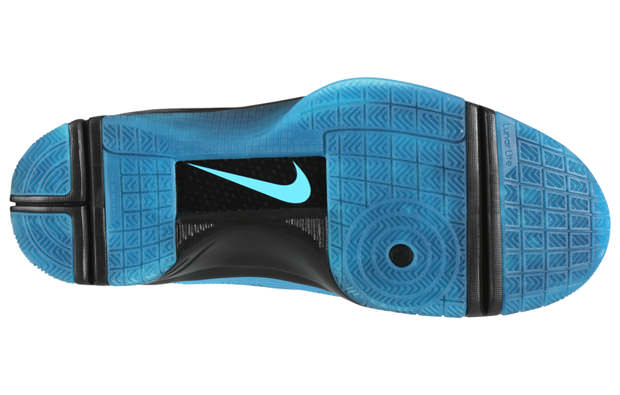 c8a783fea391dd ... East Nike Hyperize