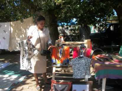 Handmade clothes with a true African style