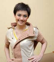 cute messy short hairstyle woman