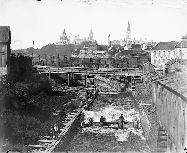 Timber_slide_Chaudiere_Falls