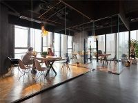 Counterfeit Pendant Lighting Caught in Hong Kong Offices