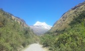 The climb up to Portachuelo de Llanganuco pass. Finally the white peaks start appearing in their full glory.