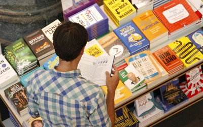 Top Tips on Writing a Book Blurb That Really Sells