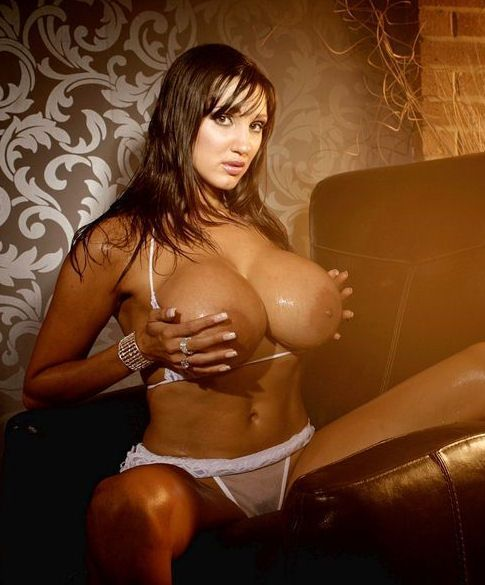 Salope aux gros seins