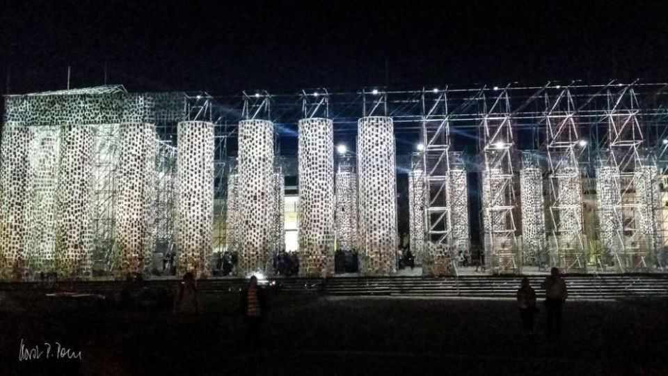 Parthenon - Nachts geht die Post ab