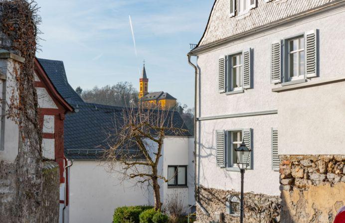 Altstadt m St. Peter Kirche (ev.)