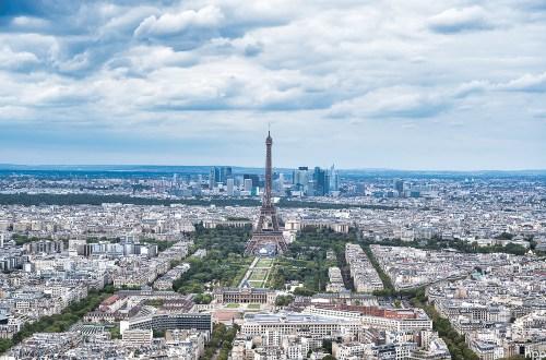 Eiffelturm - bei Tag