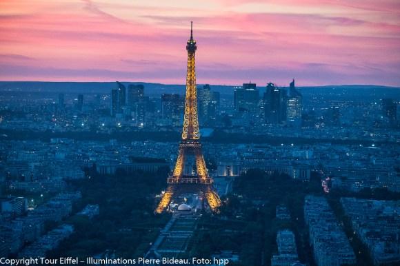 Eiffelturm - bei Nacht