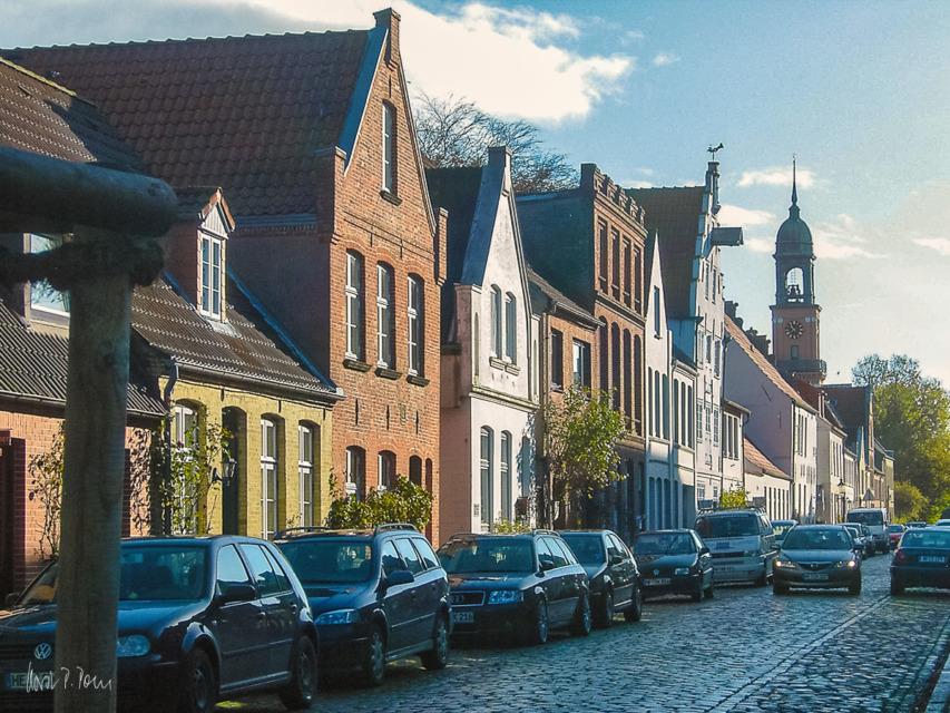Im Hintergrund: die Remonstrantenkirche