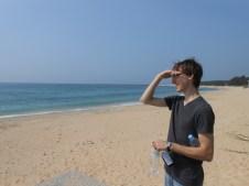 A sailor went to sea sea sea...