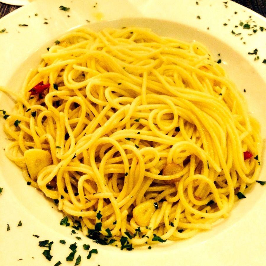 Spaghetti Aglio-Olio-Peperoncino @ Il Corvo, Bielefeld