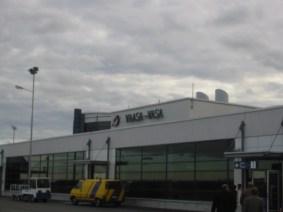 Flughafen Vaasa - Ankunft