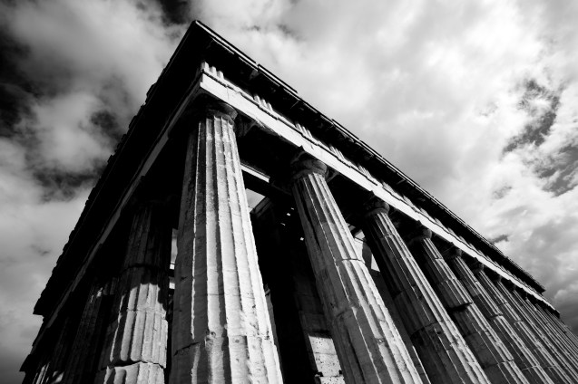 Mono corner of Temple of Hephaistos colonnade