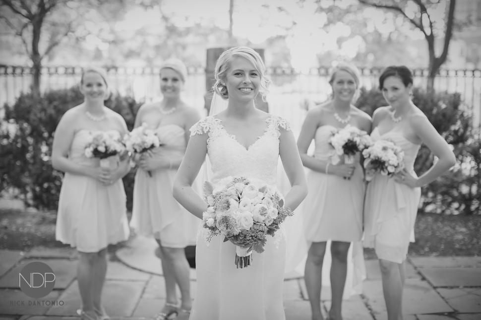 28-St. Joseph's Park Wedding-Blog_© NDP 2015