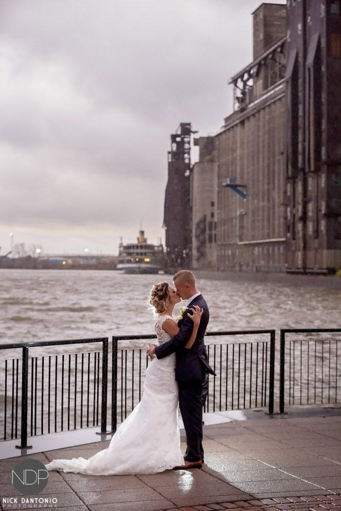 37-buffalo-silo-wedding