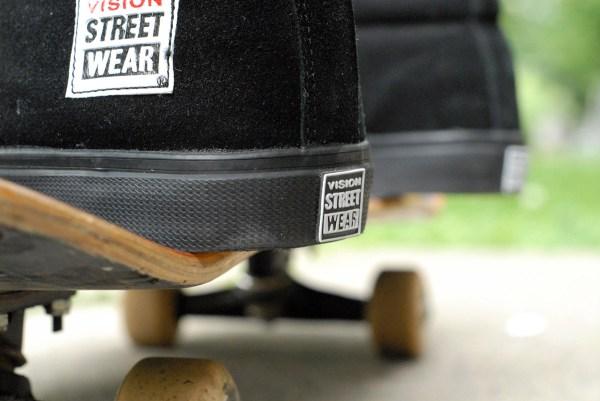 Vision Street Wear Retro Suede Hi