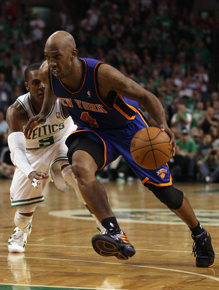 Chauncey Billups wearing the New York Knicks away colorway of his PE adidas TS Lightning Creator.