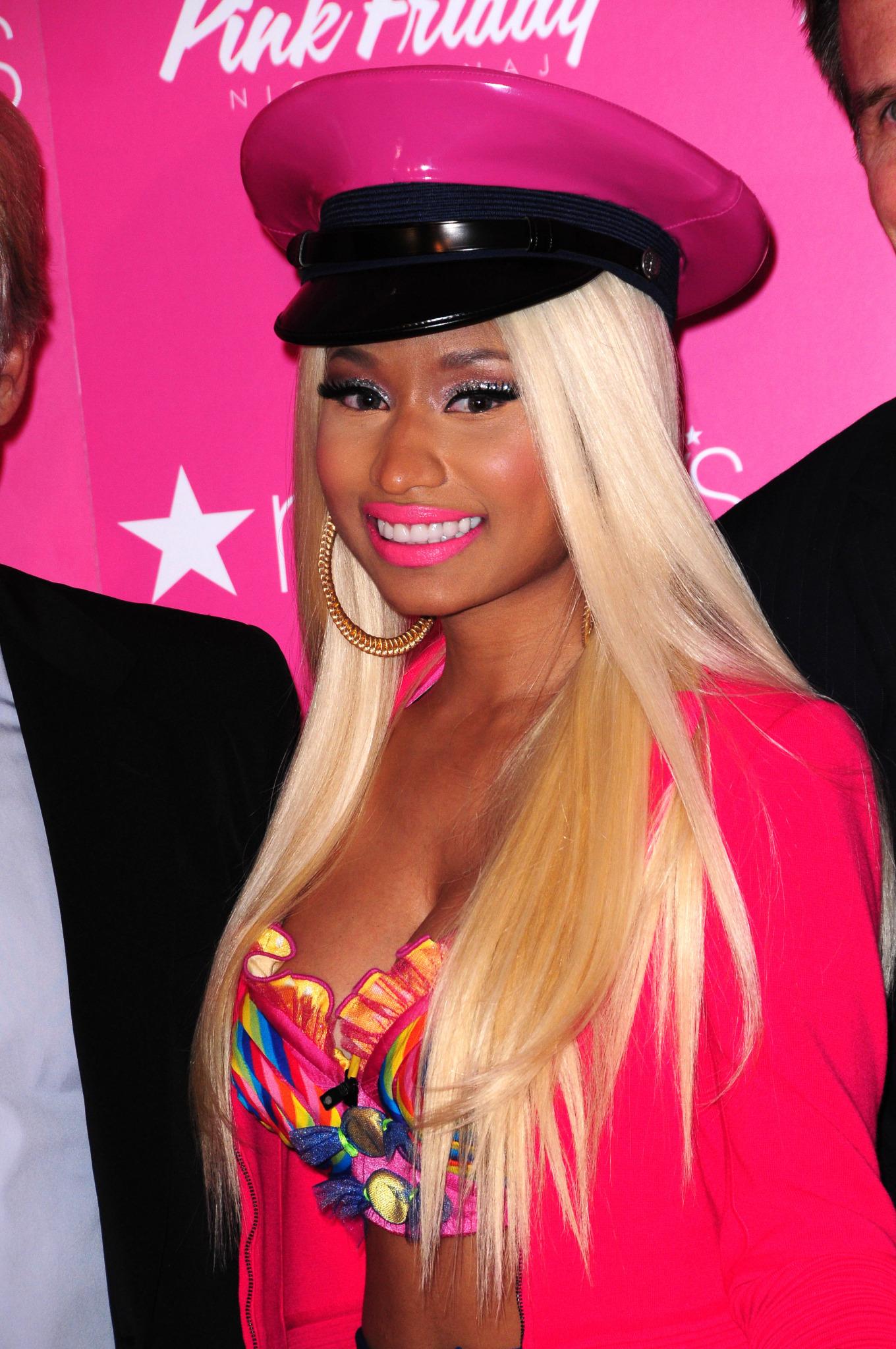 珍林奇居然會Rap (Nicki Minaj-Super Bass) ~ 宅神新聞通 Residential News ...