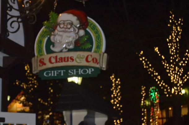 Hersheypark Christmas Candylane (19)