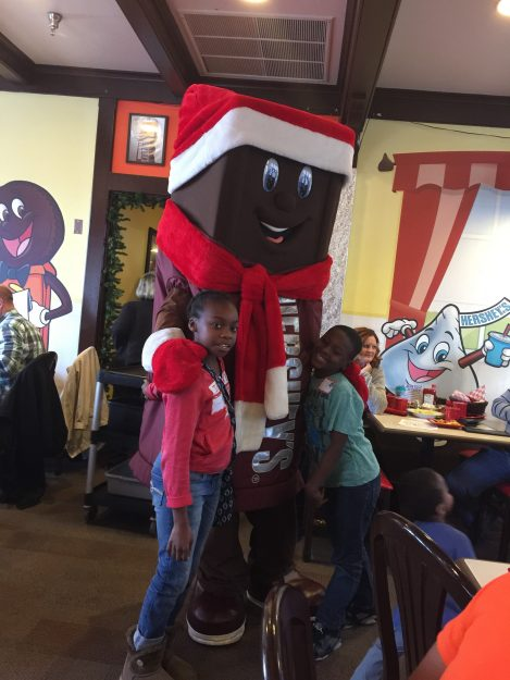 Breakfast with Santa at Hersheypark Place