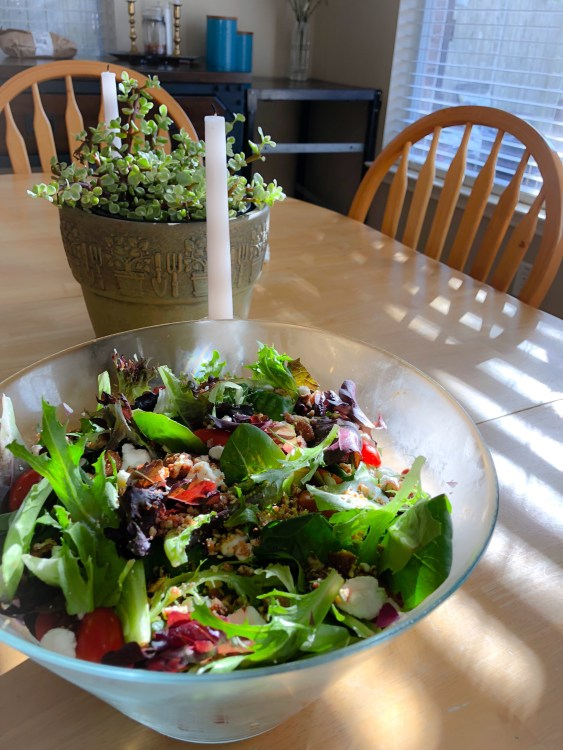 Fancy Spring Mix Salad with Candied Pecans and Balsamic Vinaigrette
